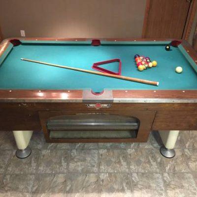 Valley Mfg Pool Table